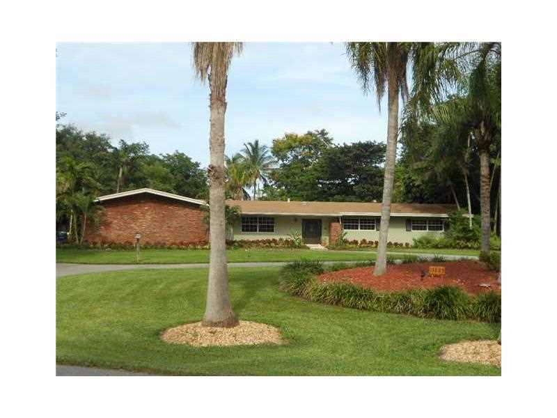 13885 SW 70 Ave, Miami, FL