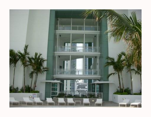 900 Brickell Key Bl #APT 1701, Miami, FL
