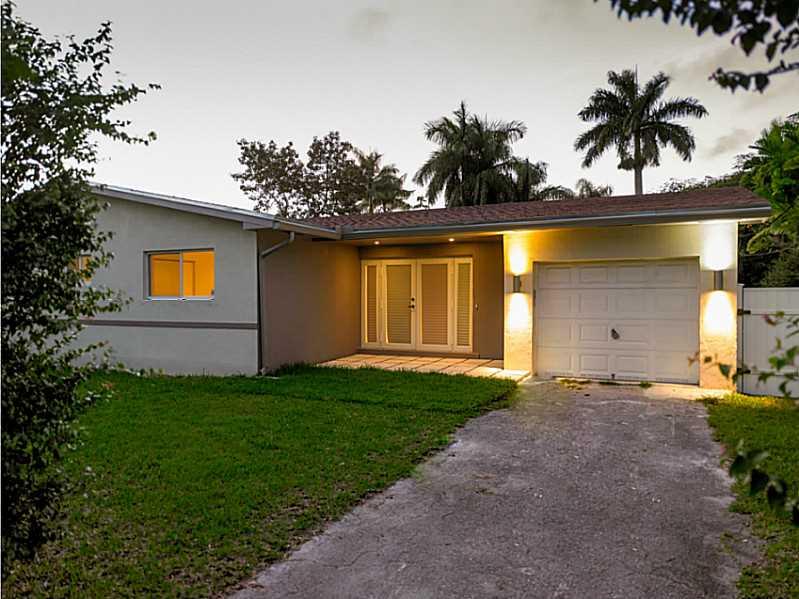 14850 S Spur Dr, Miami, FL