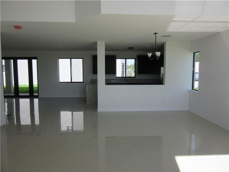 1620 SW 145 Avenue, Miami, FL 33175