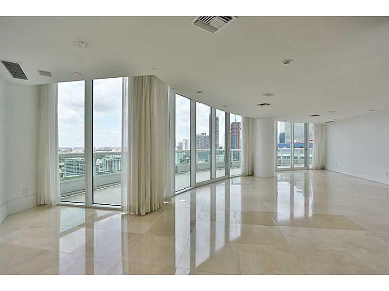1643 Brickell Ave #APT 2701, Miami, FL