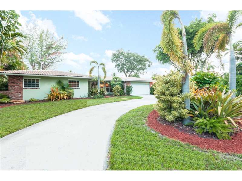 11820 Griffing Bl, Miami, FL