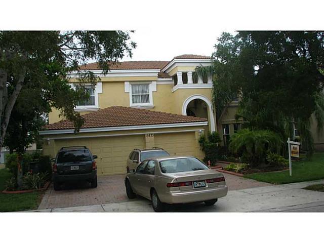 15873 SW 52nd St, Hollywood, FL