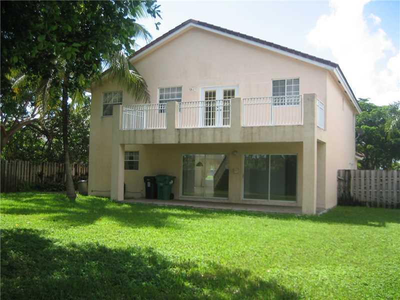 9365 SW 212 Te, Miami, FL