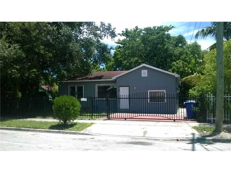 1460 NW 41 St, Miami, FL