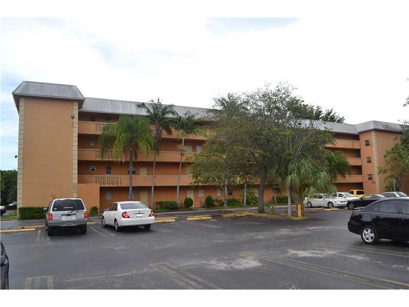 17255 SW 95 Ave #APT 249, Miami, FL