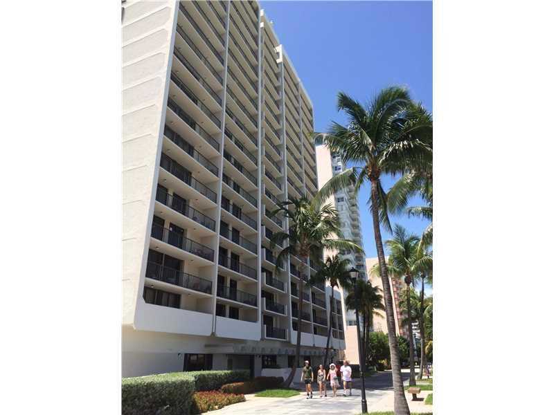 2625 Collins Ave #APT 207, Miami Beach, FL