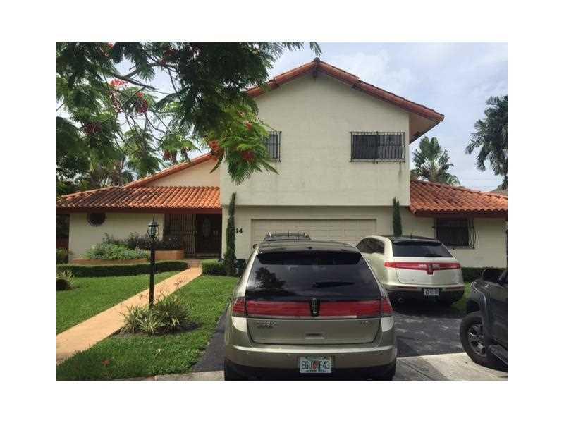 12814 SW 119 Te, Miami, FL