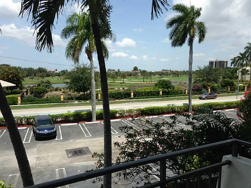 1500 Presidential Way #APT 202, West Palm Beach FL 33401