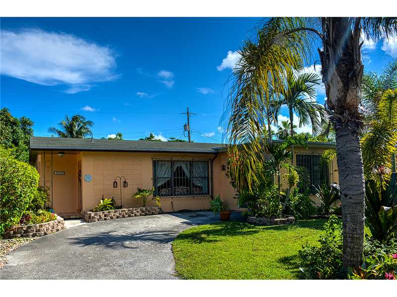 3056 NW 5 St, Miami, FL