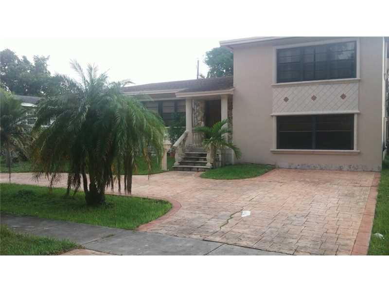 12535 NE 1 Ave, Miami, FL