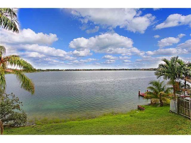 13731 SW 136 Pl, Miami, FL