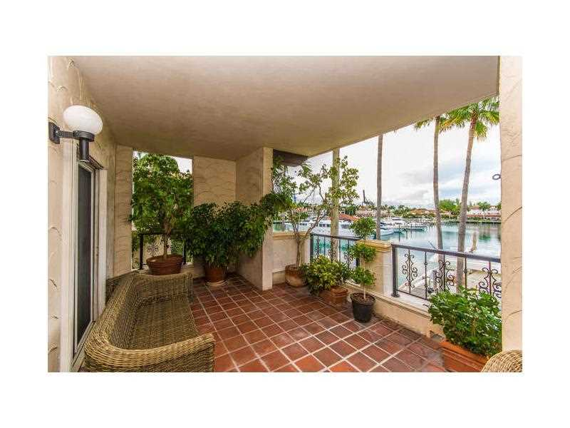 2524 Fisher Island Dr #APT 2524, Miami Beach, FL