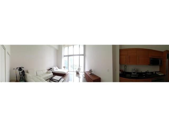 475 Brickell Ave #1410, Miami, FL 33131