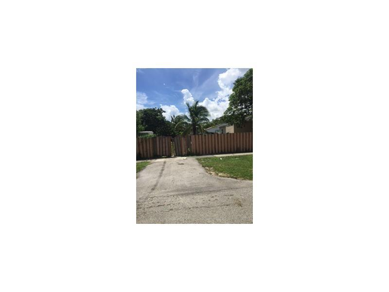 12135 NW 10 Ave, Miami, FL