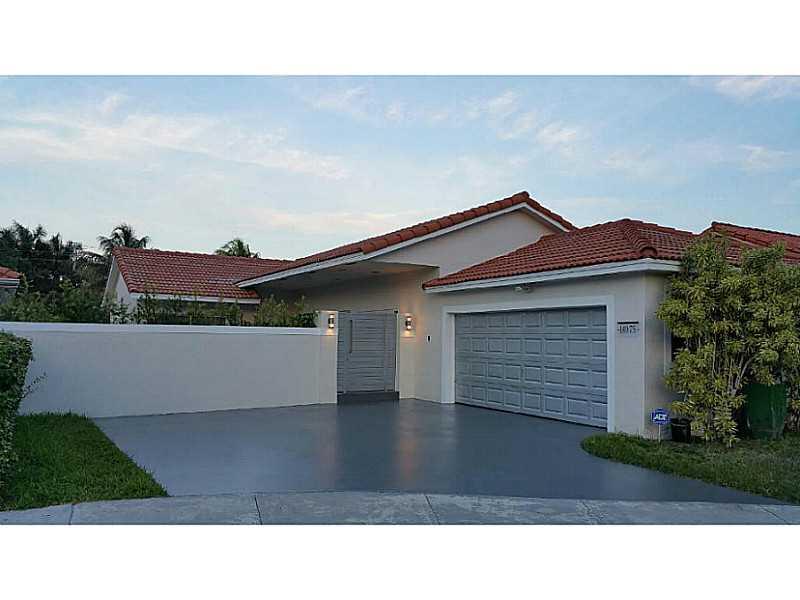 14975 NW 87 Ct, Hialeah, FL