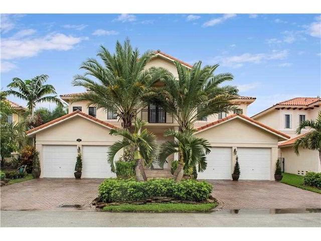 7966 SW 195 St, Miami, FL