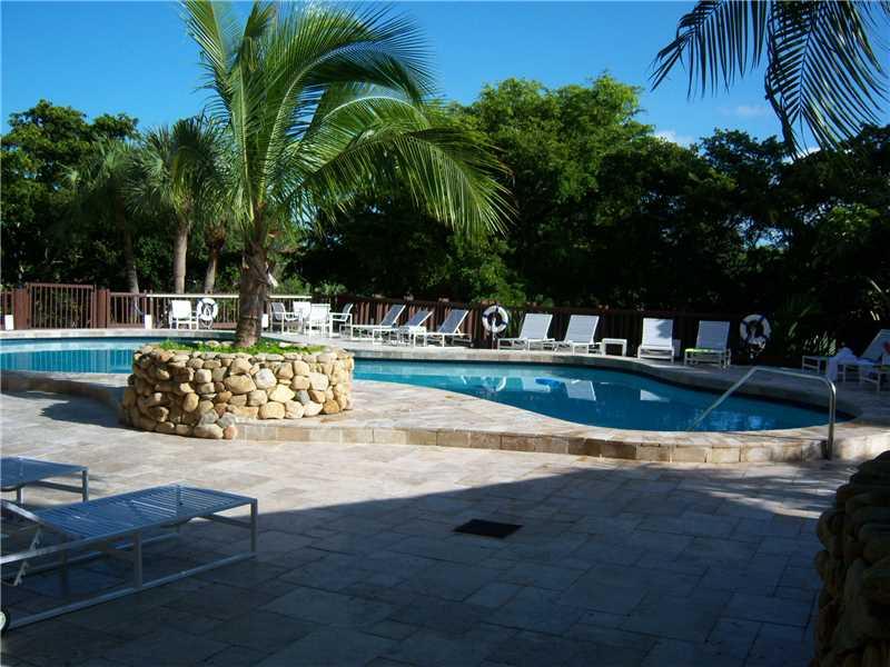 1000 Quayside Te #APT 305, Miami, FL