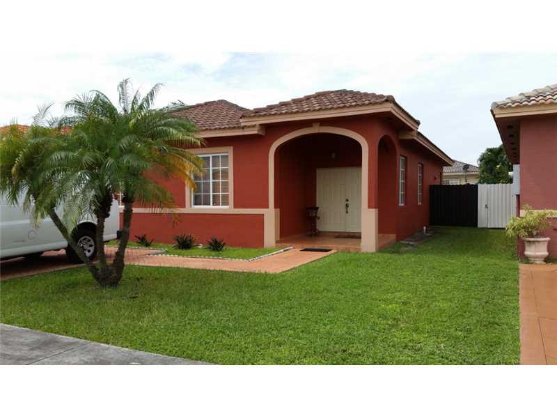 14612 NW 88 Pl, Hialeah, FL