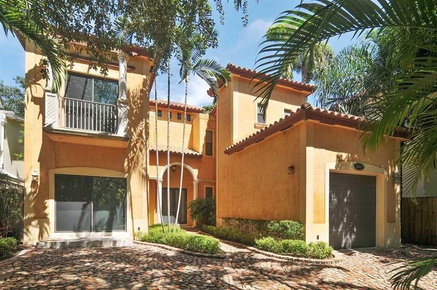 3683 Loquat Ave, Miami, FL