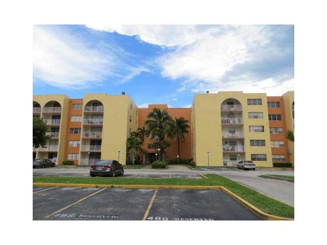 7000 Miami Gardens Dr #APT 4-524A, Hialeah, FL