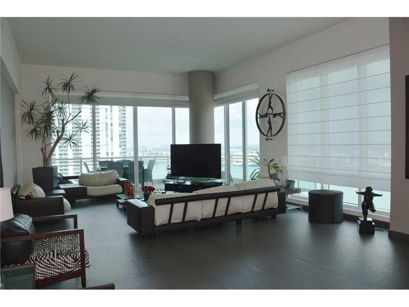900 Brickell Key Bl #APT 1803, Miami, FL