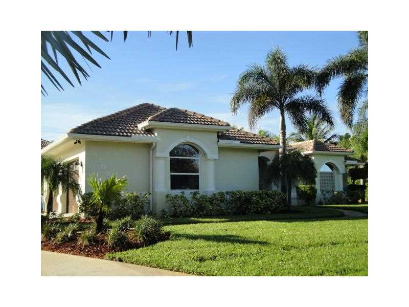 4803 SW Lake Grove Cir, Palm City, FL
