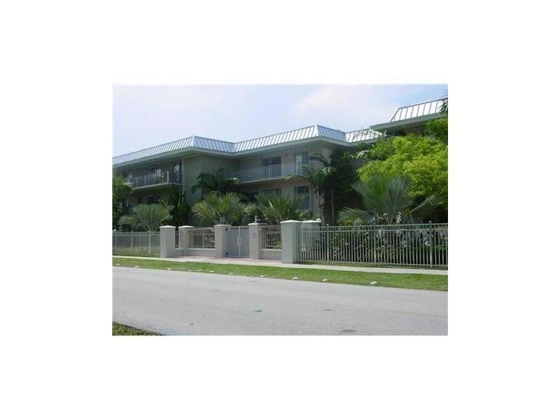 7401 SW 82 St #APT 101s, Miami, FL