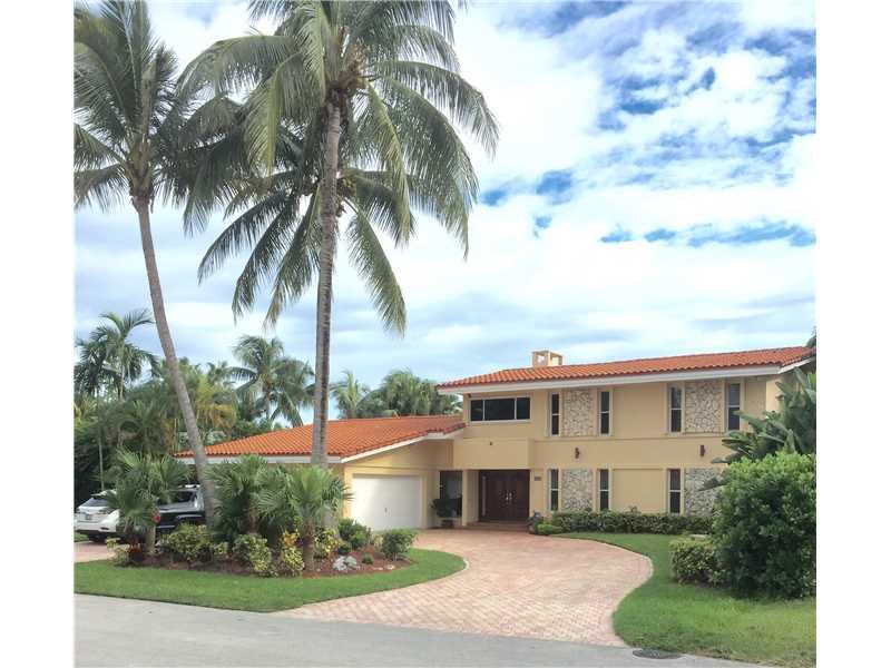 3322 NE 166 St, North Miami Beach, FL