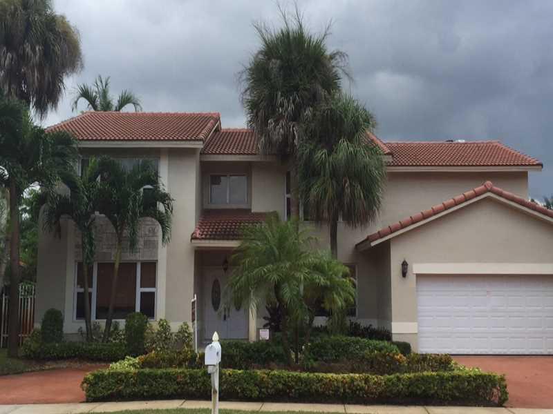 8310 NW 168 St, Hialeah, FL