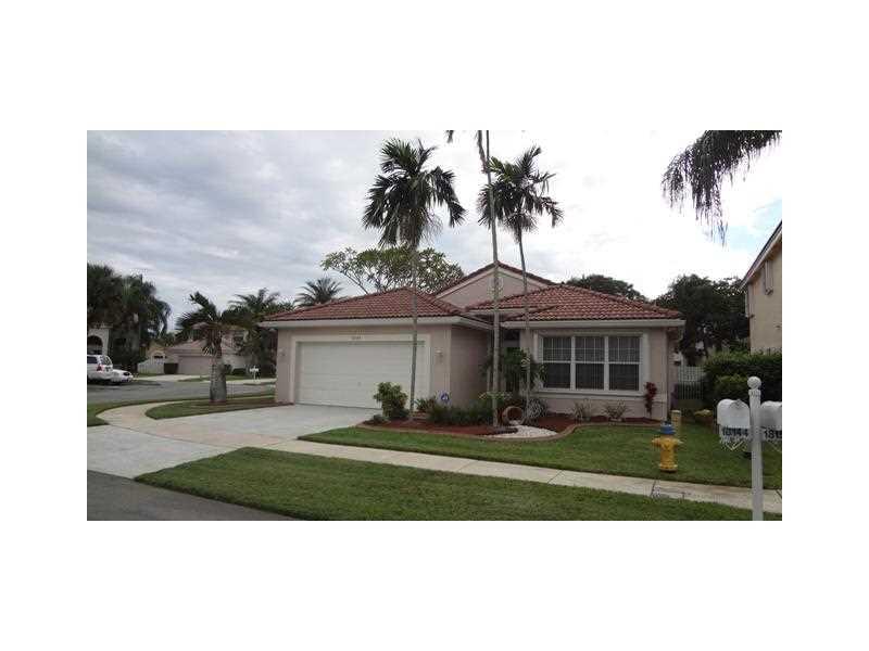 18144 SW 5 Ct, Hollywood, FL
