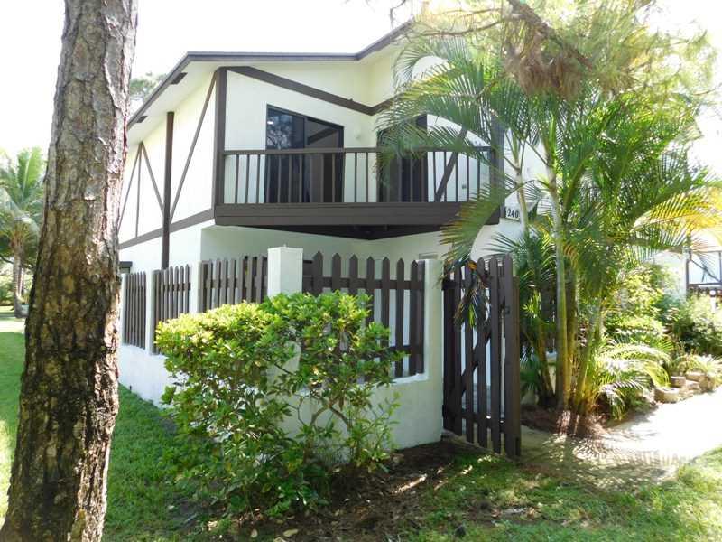 2403 Lena Ln #APT 603, West Palm Beach, FL