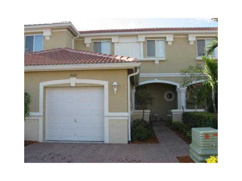 9539 Roundstone Cr #APT 0, Fort Myers, FL