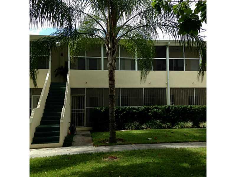 726 NE 92 St #APT 4l, Miami, FL