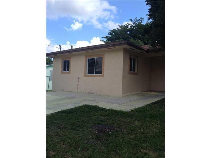 373 SW 2 St, Homestead, FL
