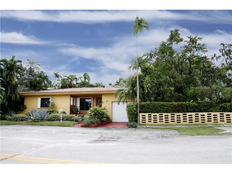 10 NE 86 St, Miami, FL