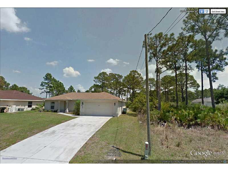 1302 Delmonte St, North Port, FL