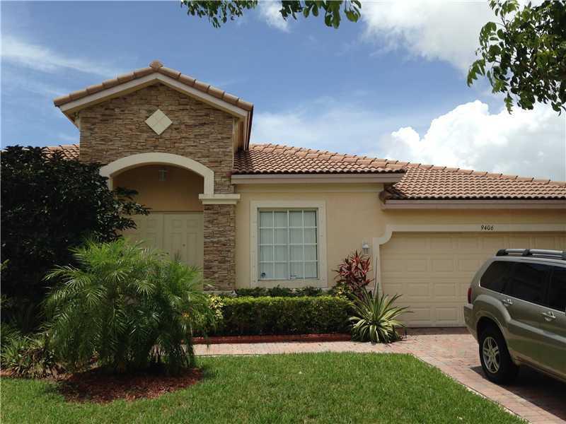9406 SW 220 Ln, Miami, FL