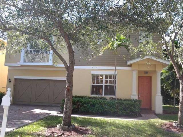 1350 SW 4 Ct, Fort Lauderdale, FL