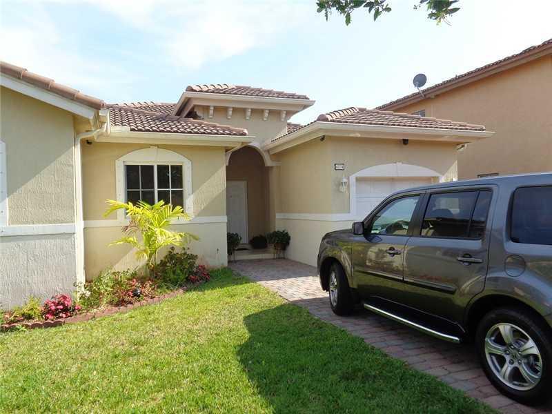 4274 NE 16 St, Homestead, FL