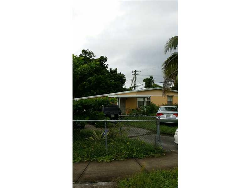 4711 SW 38 St, Hollywood, FL
