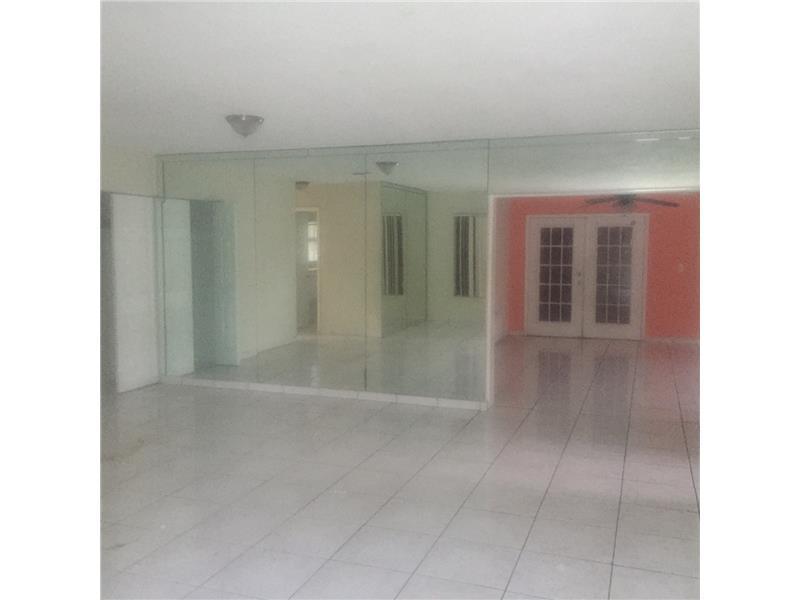 14512 SW 104 Pl, Miami FL 33176