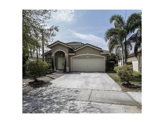 386 SW 206th Ave, Hollywood, FL
