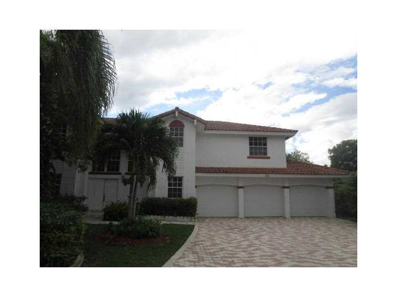 210 NW 195th Ave, Hollywood, FL