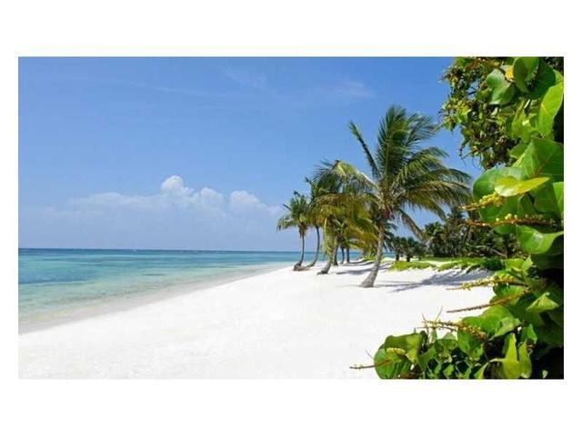 2030 S Ocean Dr #1826, Hallandale, FL 33009