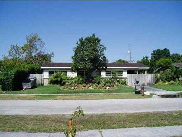 19660 NE 11 Pl, Miami, FL 33179