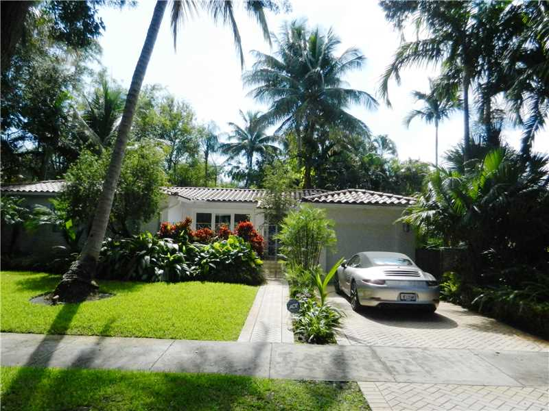 362 NE 92 St, Miami, FL