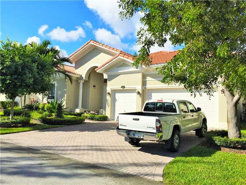 19504 SW 78 Ave, Miami, FL