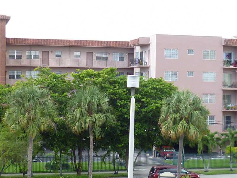 900 SW 84 Ave #APT 317e, Miami, FL