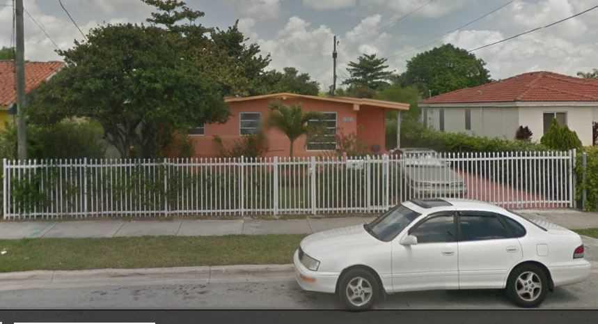 10471 SW 176 St, Miami, FL